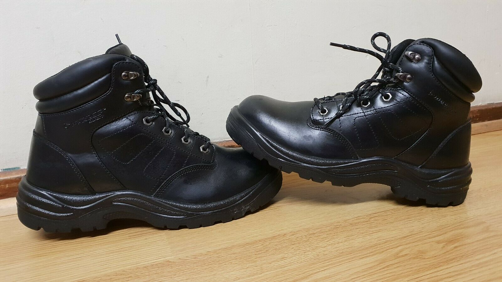 DUNLOP MENS LEATHER STEEL TOE BOOTS SIZE   46.5
