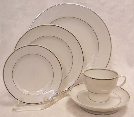 STONEGATE HERITAGE MY DEVOTION FIVE PIECE PLACE SETTING