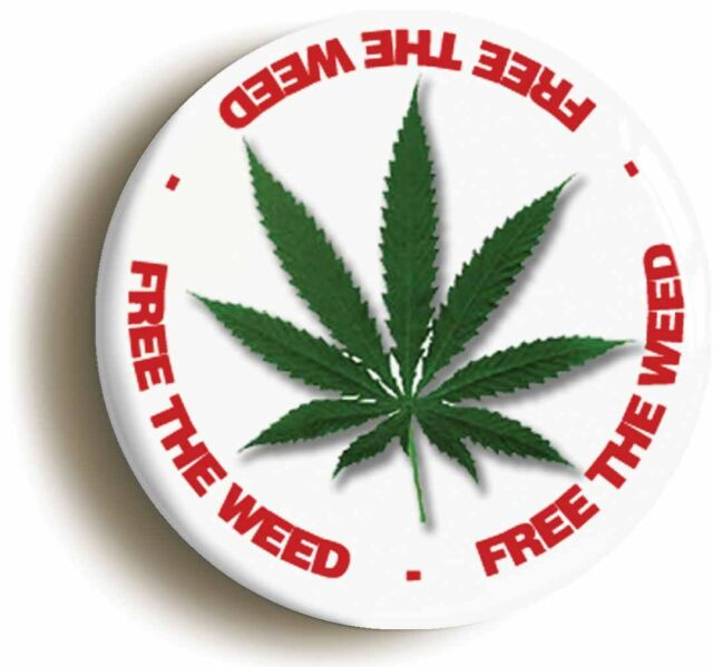FREE THE WEED RETRO CANNABIS BADGE BUTTON PIN (1inch/25mm diamtr) HIPPIE 1960s