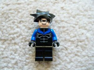 LEGO-Batman-Super-Rare-Original-7785-Nightwing-Minifig-Excellent
