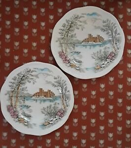Vintage-Alfred-Meakin-Queen-039-s-Castle-Staffordshire-England-Set-of-2-plates-6-5-034