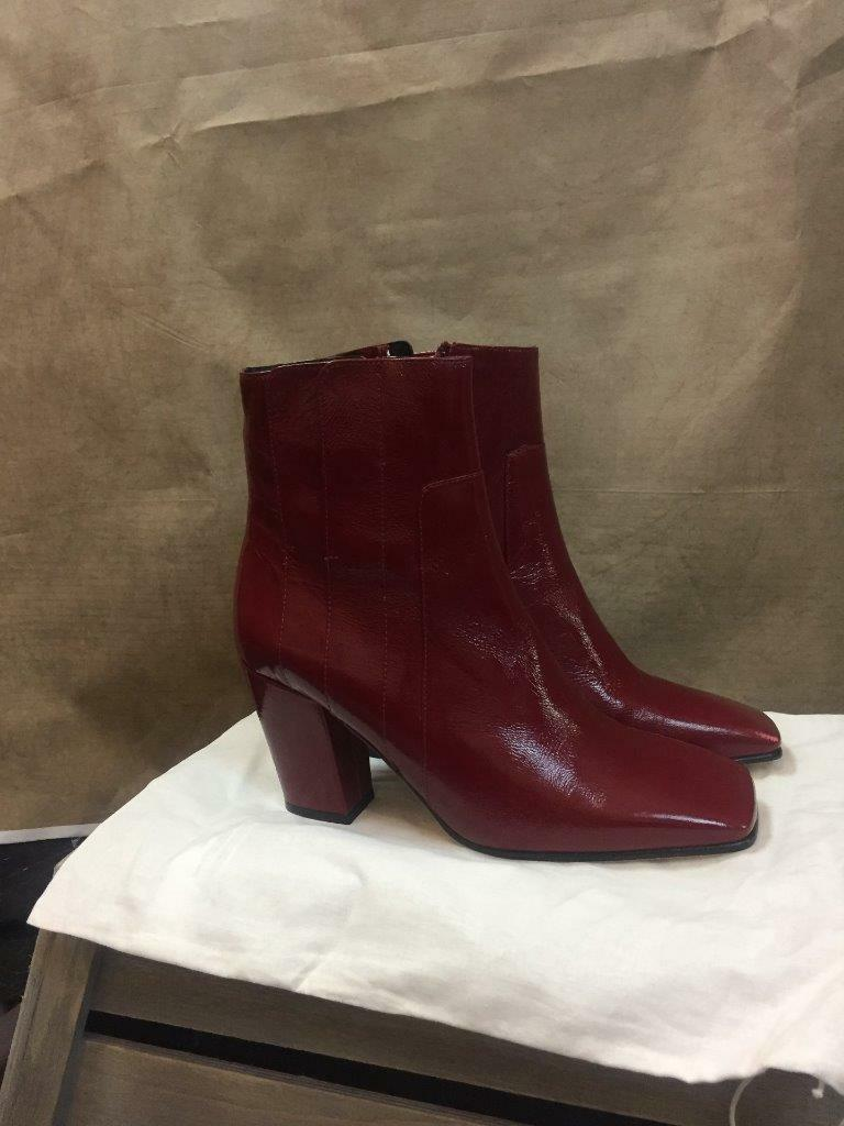ZARA ROT GENUINE LEATHER HIGH HEELED Stiefel SIZE REF: UK 6 EUR 39 REF: SIZE 6900 201 17158b