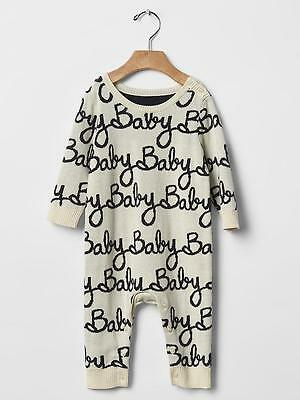 GAP Baby Boys Girls Size 6-9 Months Ivory Red Sweater One-Piece Bodysuit Romper