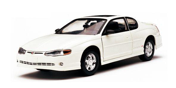 2000 2000 2000 Chevrolet Monte Carlo blancoo 1 18 Sunstar 1982 8b0391
