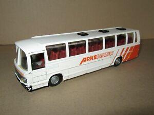 42J-Vintage-Tekno-950-Bus-Mercedes-0302-Arke-Reizen-1-50