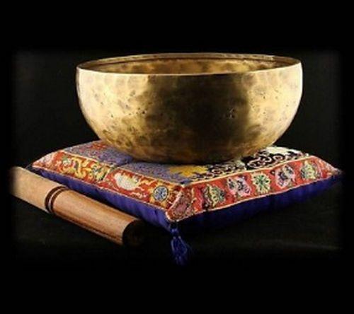 1500 gr Nada Yoga Klangschale ca Nepal handgehämmert mit Holzklöppel 1,5 kg