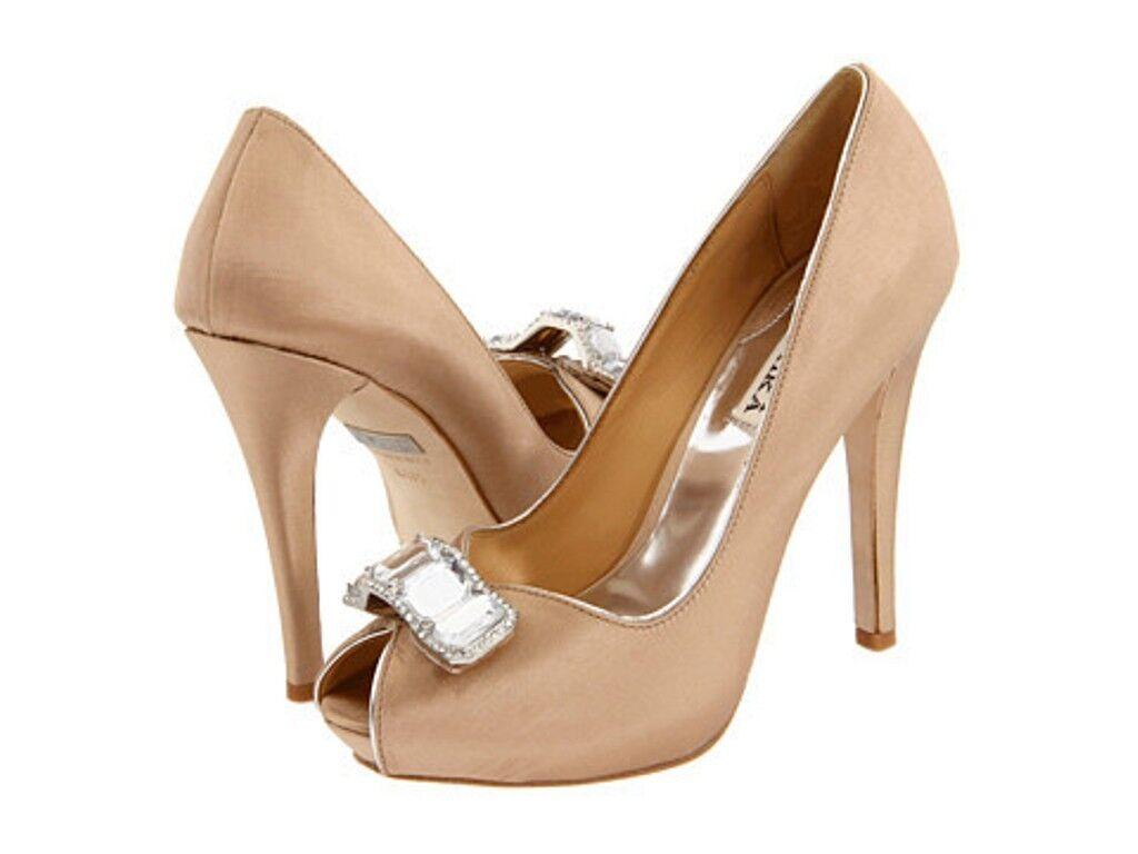 profitto zero NIB NIB NIB Badgley Mischka ELIA  satin bridal pump heels open toe NUDE brooch scarpe 9,5  tempo libero