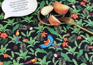 Coco-black-parrots-100-Cotton-Fabric-Parrot-bird-tropical-birds-Quilting-JC218