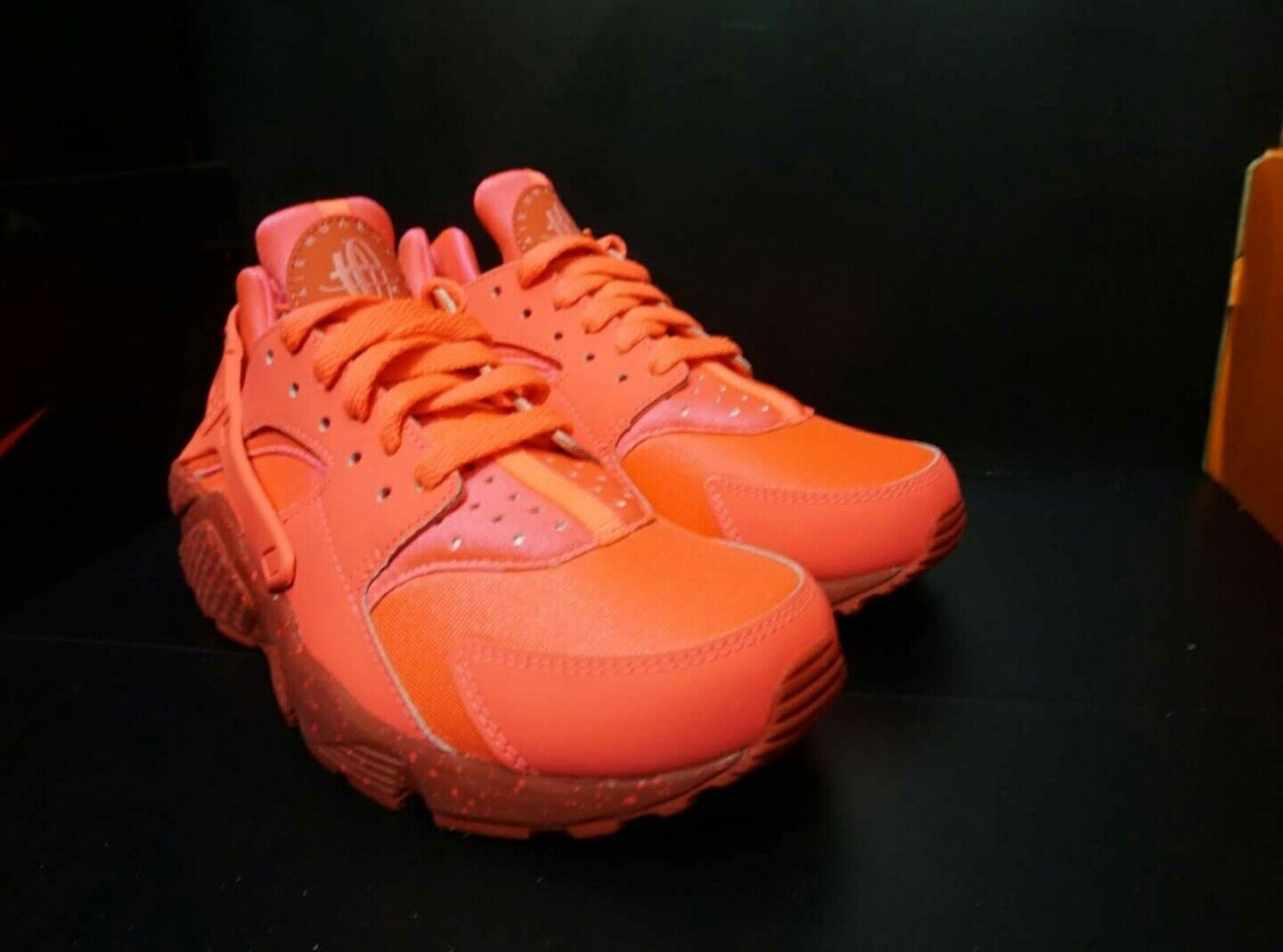 NIKE I.D  WOMENS HUARACHE RUN  RETRO OG GIRLS NEW TRIPLE PINK SIZE 6.5