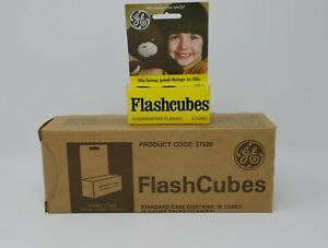 Vintage GE Flash Cubes Standard Flashcube Camera 3 Cubes 12 packages full case