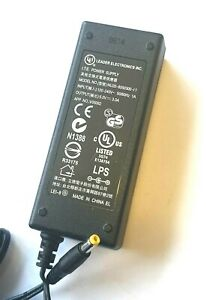 LEI Adattatore di Alimentazione NU20-8050300-I1 5V 3.0A