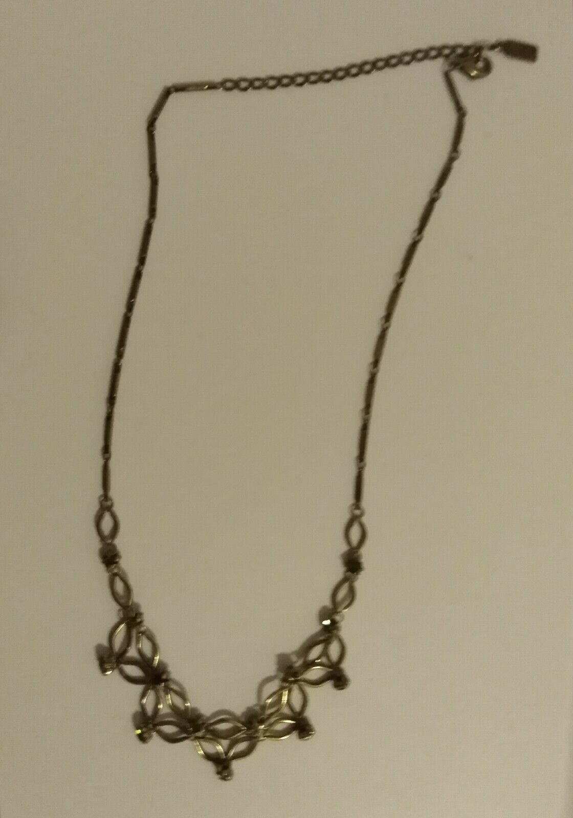 1928 BRAND GOLD TONE CHAIN WITH CLEAR STONES