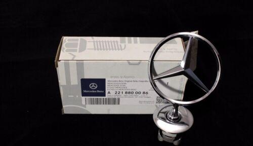 New Genuine Mercedes-Benz MB C E Chrome Star Bonnet Badge Emblem A2218800086