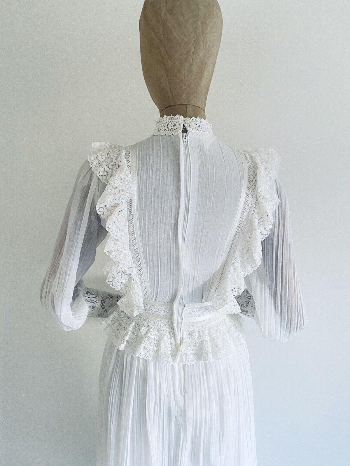 Vintage GUNNE SAX White Cotton Prairie Maxi Dress… - image 7