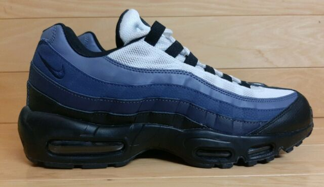 Nike Air Max 95 Essential Size 10 Black Obsidian Navy Running Shoe 749766 028