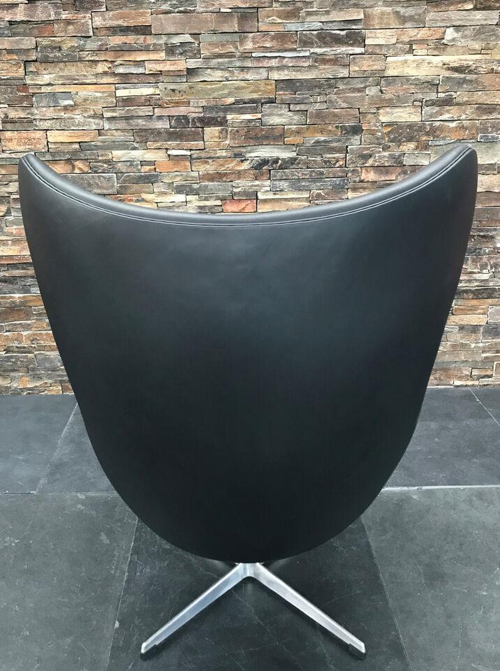 TILBUD på Arne Jacobsen Ægget i elegance læder