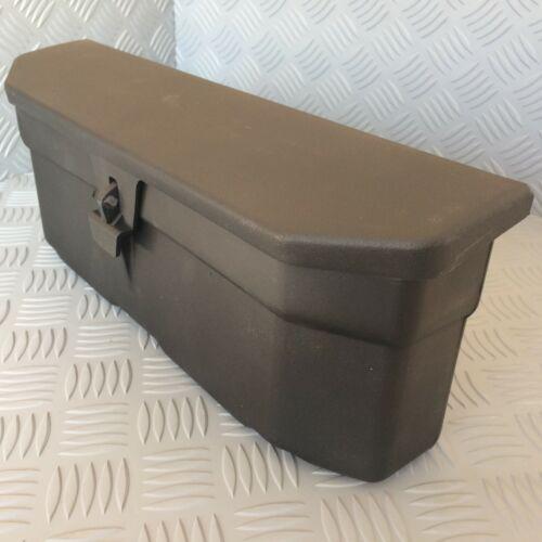 Caja De Herramientas De Tractor duro plástico negro Massey Ferguson Serie 300.