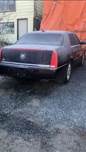 2009 Cadillac Deville  $7500 certified