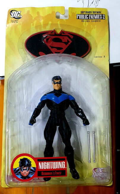 DC Essentials Nightwing Action Figure Series 3 NEW RARO