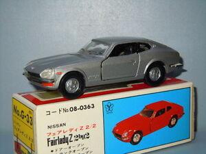 Nissan-Fairlady-Z-2-2-van-Diapet-Yonezawa-Toys-G-33-Japan