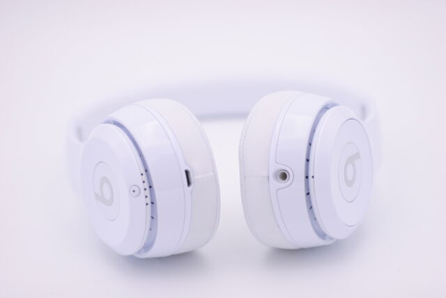 Beats by Dr. Dre Solo 3 On-Ear Headband Headphones - White