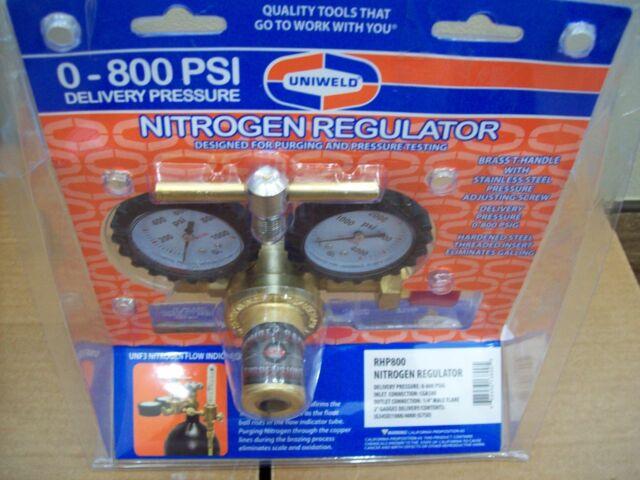 Uniweld RHP800 Nitrogen Regulator RHP 800 with 0-800 PSI Delivery Pressure 400
