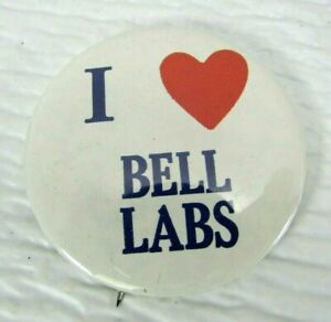 Vintage-I-Love-Heart-Bell-Labs-Pinback-Button-1970s-AT-amp-T-White-Red-Blue