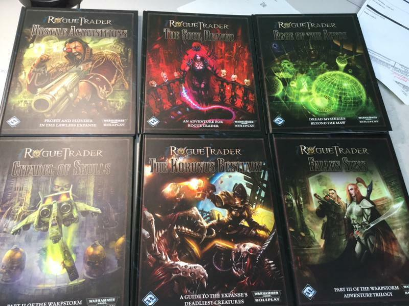 FFG Rogue Trader RPG Lot 6 libros Bre nuovo Hardcovers  Warhammer 40k Roleplaying  100% nuovo di zecca con qualità originale