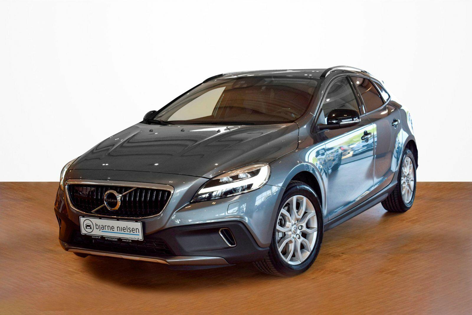 Volvo V40 CC 2,0 D3 150 Momentum aut.