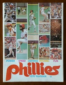 Philadelphia Phillies 1978 Yearbook * HOF * PHIL NIEKRO Atlanta Braves AUTOGRAPH