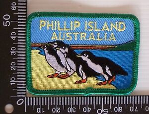VINTAGE-PHILLIP-ISLAND-AUSTRALIA-EMBROIDERED-SOUVENIR-PATCH-WOVEN-SEW-ON-BADGE