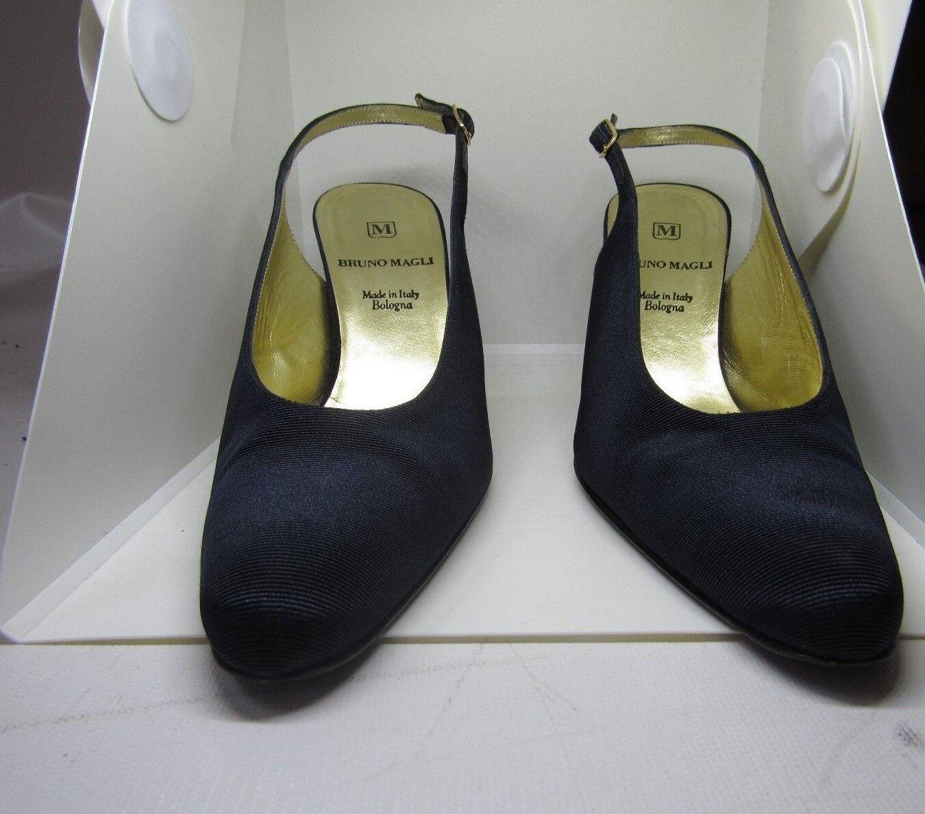 BRUNO MAGLI Navy Blau Satin Slingback Heels Größe 7.5