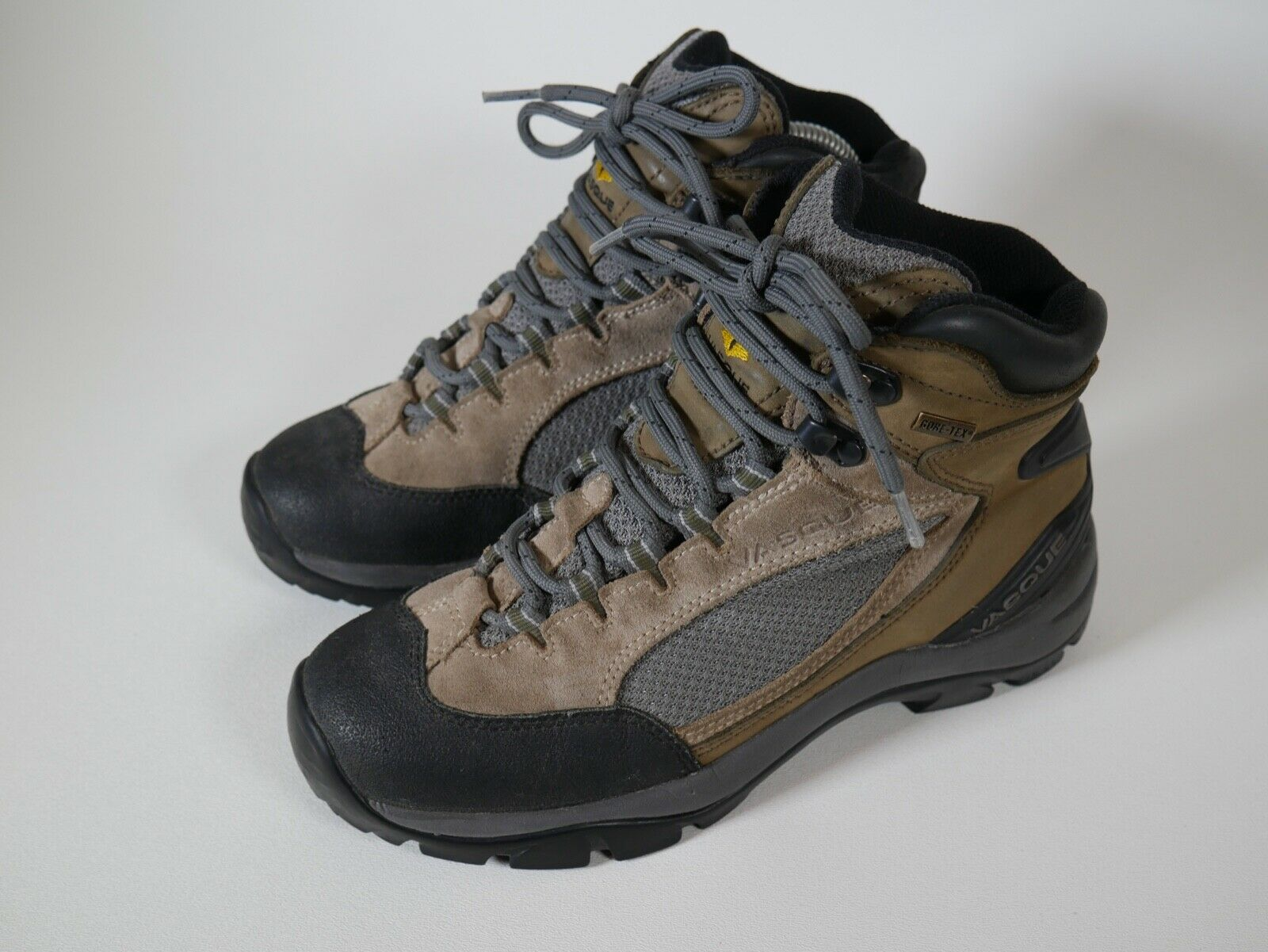 Vasque Gore-Tex Vibram 7433 Ankle Hiking Boots Boots Boots Outdoors Camping Womens Sz 8 US ecc23d