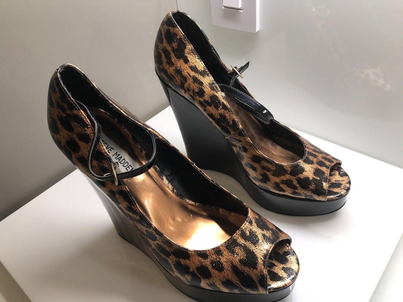 Steve Madden schuhe High Heels Wedges Größe 10 Trendy Designer schuhe Animal Print