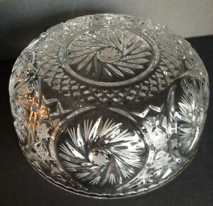 AMERICAN BRILLIANT PERIOD CUT CRYSTAL Glass STAR STARBURST SERVING BOWL