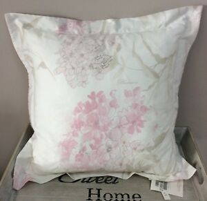 Cuscini Blumarine.Blumarine Home Cuscino Arredo Flaminia Raso Di Cotone Colore Rosa