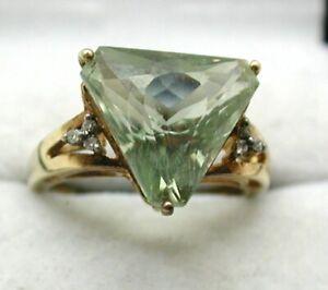 Lovely-9-carat-Gold-Large-Triangular-Aquamarine-amp-Diamond-Dress-Ring-Size-M-1-2