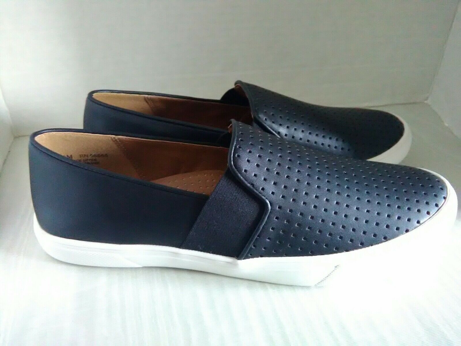 SUSINA Rizzo Slip-On Sneaker Women's Size 8.5M NIB