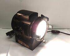 LTM Pepper 650 Watt Fresnel Tungsten Light w/ lamp