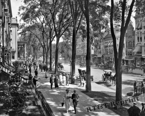 Photograph of New York Broadway Street by the United States Hotel 1912c  11x14