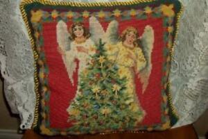 NEEDLEPOINT-PETIT-POINT-PILLOW-CHRISTMAS-ANGELS-TREE-VELVET-BACK