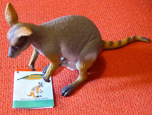 Animals & Nature Animals Australian Animal Gift Yellow-footed Rock Wallaby Large Replica 14cm Long