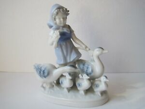 Vintage-Gerold-Porzellan-Bavaria-Girl-With-Geese-Family-Figurine