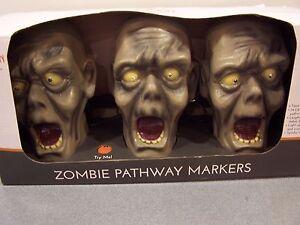 Halloween-Decor-Zombie-Pathway-Markers-Eyes-Light-Up-Creepy-Sounds-Motion-sensor