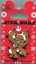 Disney Star Wars Chewbacca Tangled in Christmas Lights 2014 Pin - New on Card