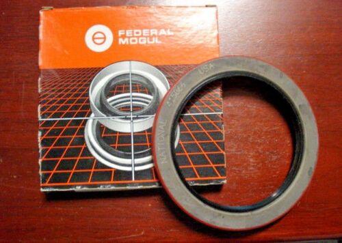 "Nitrile 4.750/""x 6.250/""x .562/"" Dual Lip 415066 NATIONAL Oil Seal"