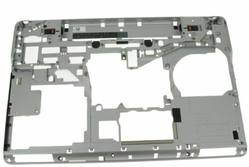 XCKCW NEW Dell Latitude E6540 Laptop Bottom Base Cover Assembly Chassis