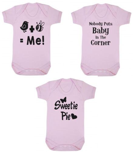 Lot de 3 mignon bébé filles 100/% Coton Doux Révélateurs gilets nouveau Douche Cadeau
