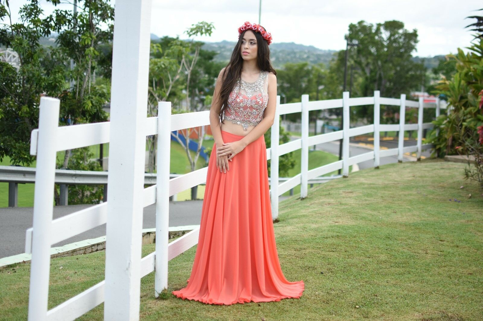 Coral Formal Wear 2 PC Womans Size 7 with Beading on front of top