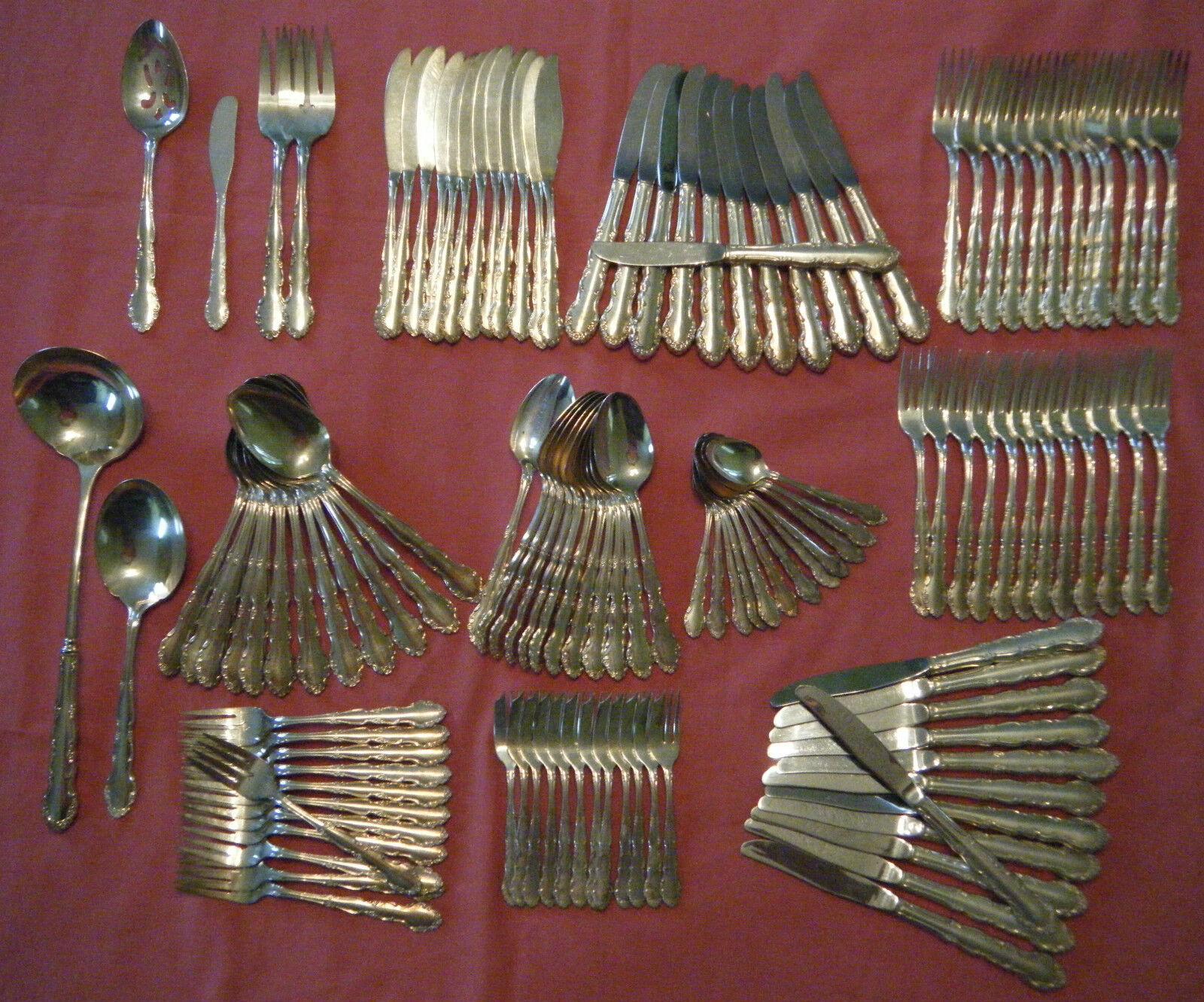Couverts métal argenté made in UK 12 couverts- 126 pièces